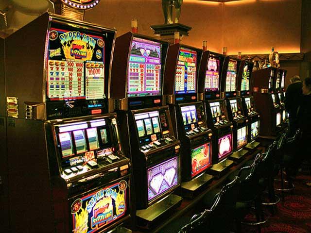 Бездепозитные бонусы русских казино скачать игровые автоматы 12 в 1